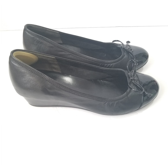 254bb4c47af Cole Haan Shoes - COLE HAAN Women s Size 9 B Wedge Shoe Nike Air